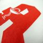 Kleine Baumwolltasche für die Apotheke in Weiß mit rotem Siebdruck in Nahaufnahme