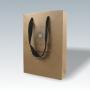 Exklusive Papiertasche aus Kraftpapier mit schwarzen Tragebändern