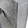 Edle Filztasche für LUMAS mit blauer Bestickung und Akzenten in Nahaufnahme
