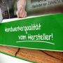 Große PP Woven Tasche mit Fotomotiv für besonders sperrige Einkäufe (Rückseite) in Nahaufnahme