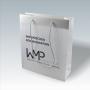 Transparente Papiertasche in Weiß mit langen Kordeln