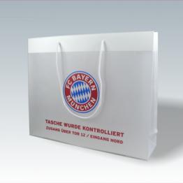 Transparente Papiertasche mit FC Bayern München Motiv